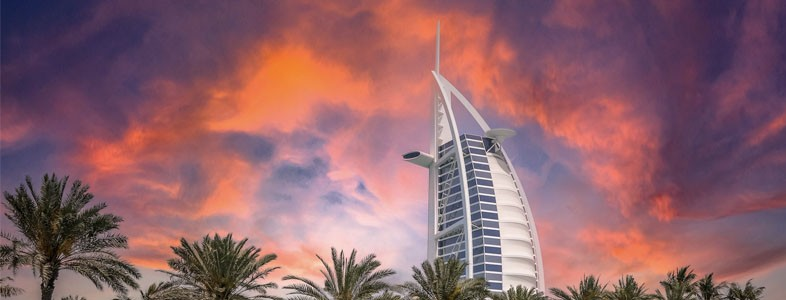 TOP 5 REASONS TO VISIT DUBAI