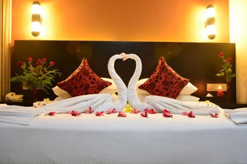 Dubai Premium Honeymoon Package 6 Nights 7 Days
